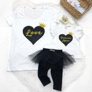 Футболка для девочки именная Princess с сердечком и короной глиттер - фото